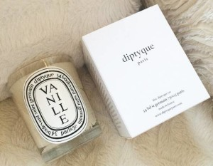 Diptyque-Vanille-Candle-Box