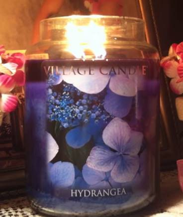 Village-Candle-Hydrangea-Candle-1