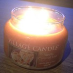Village-Vanilla-Caramel-Swirl-Scented-Candle-Review-3