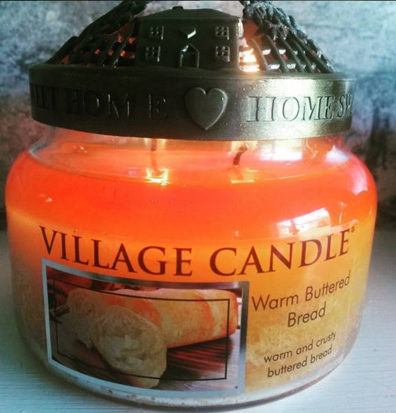 Village-Warm-Buttered-Bread-Scented-Candle-Review-3