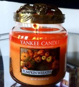 Yankee-14oz-Pumpkin-Wreath-Jar-Candle