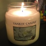 Yankee-14oz-White-Gardenia-Scented-Candle