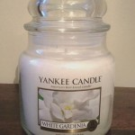 Yankee-14oz-White-Gardenia-Scented-Candle-2