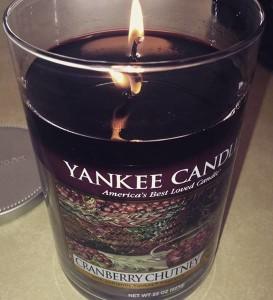 Yankee-22oz-Cranberry-Chutney-Candle