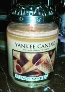 Yankee-22oz-French-Vanilla-Large-Candle