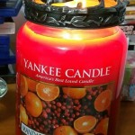 Yankee-22oz-Mandarin-Cranberry-Scented-Candle-3