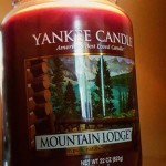 Yankee-22oz-Mountain-Lodge-Jar-Candle