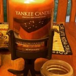 Yankee-22oz-Salted-Caramel-Scented-Candle-3