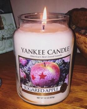 Yankee-22oz-Sugared-Apple-Jar-Candle