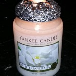 Yankee-22oz-White-Gardenia-Scented-Candle