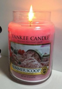 Yankee-22oz-summer-scoop-Candle