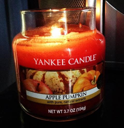 Yankee-4oz-Apple-Pumpkin-Candle