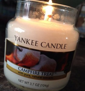 Yankee-4oz-Campfire-Treats-Candle-1
