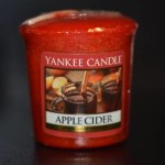 Yankee-Apple-Cider-Votive-Candle