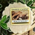 Yankee-Beach-Wood-Wax-Tart-Candle