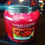 Yankee-Black-Cherry-Candle-Review-5