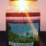 Yankee-Blue-Summer-Sky-Scented-Candle-Review-2