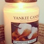 Yankee-Campfire-Treats-Scented-Candle-1