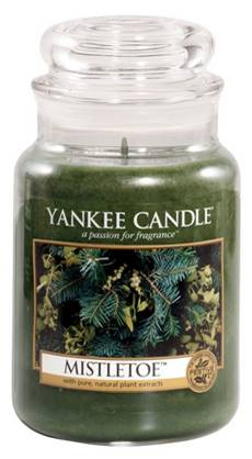 Yankee-Candle-Mistletoe-candle
