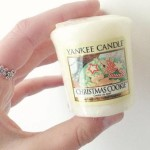 Yankee-Christmas-Cookie-Votive-Candle