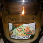 Yankee-Christmas-Cookies-Scented-Candle-Review-2
