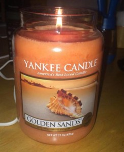 Yankee-Golden-Sands-Candle-Review-1