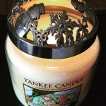 Yankee-Medium-Christmas-Cookie-Jar-Candle