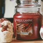 Yankee-Medium-Sparkling-Cinnamon-Jar-Candle
