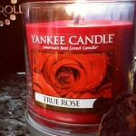 Yankee-Medium-True-Rose-Candle