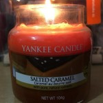 Yankee-Salted-Caramel-Scented-Candle-Review-1