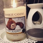 Yankee-Soft-Blanket-Scented-Candle-Review-2