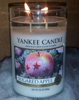 Yankee-Sugared-Apple-Large-Pilar-Candle