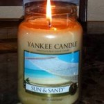 Yankee-Sun-and-Sand-Candle-Review-3