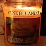 Yankee-Vanilla-Cupcake-Candle-Review-1