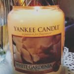 yankee-white-gardenia-sccented-candle-review-2