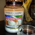 large-Yankee-White-Chocolate-Apple-Jar-Candle