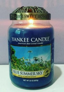 yankee-22oz-Blue-Summer-Sky-Scented-Candle