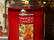 Yankee Home for the Holidays 22 oz Jar Candle