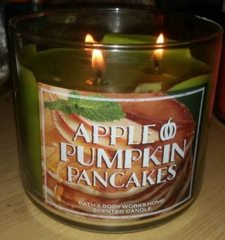 Apple-Pumpkin-Pancakes-Scented-Candle-1