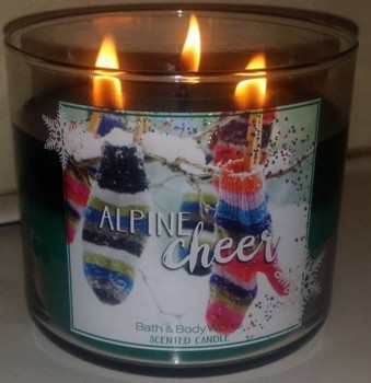 Bath-Body-Works-Alpine-Cheer-Scented-Candle-1