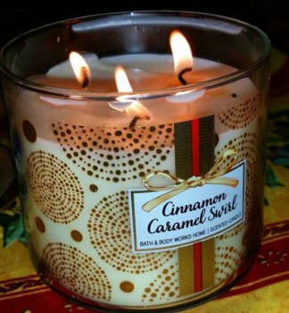 Bath-Body-Works-Cinnamon-Caramel-Swirl-Scented-Candle-1