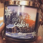 Bath-Body-Works-Cozy-Cabin-Scented-Candle-4