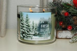 bath-body-works-fresh-balsam-scented-candle-review-1
