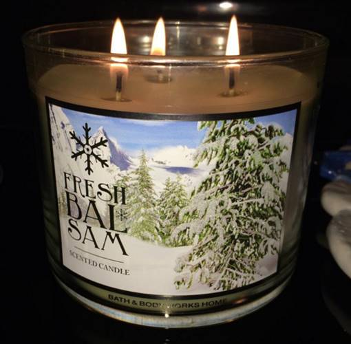 Bath-Body-Works-Fresh-Balsam-Scented-Candle-Review-4