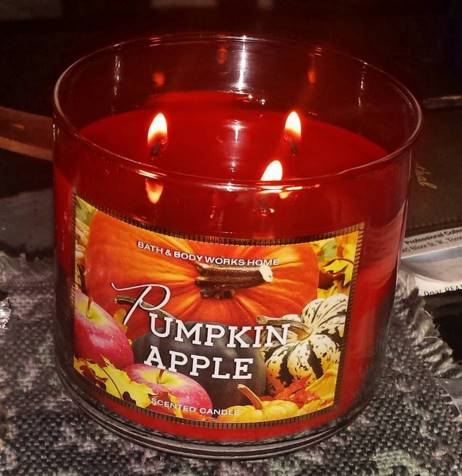 Bath-Body-Works-Pumpkin-Apple-Jar-Candle-2