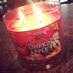 Bath-Body-Works-Pumpkin-Apple-Scented-Candle-3