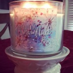 Bath-Body-Works-Vanilla-Snowflake-Scented-Candle-2