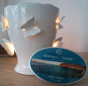 Colonial-Candle-Topaz-Waters-Wax-Melt-1