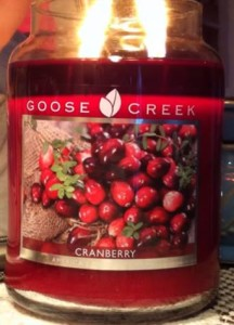 Goose-Creek-Cranberry-Scented-Candle-1