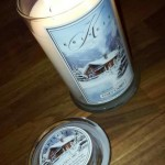 Kringle-Candles-Cozy-Cabin-Scented-Candle-1